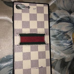Who wants this case